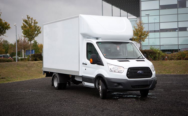 Commercial vehicle luton pods